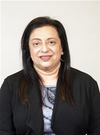 Councillor Hasina Khan